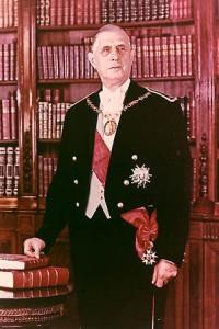 Le Général De Gaulle parle de l'immigration en France dans Société de_gaullle_collier-200x300